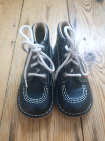 For sale is a pair of Kickers kids boots, size EU26/UK8.5, unused.