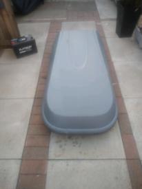 Halfords 240 litre roof box
