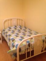 3/4 bed
