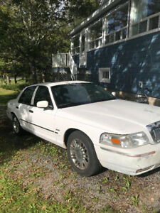 Mercury Grand Marquis Sedan - Loaded
