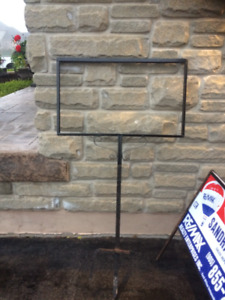Re/Max Sign Holders