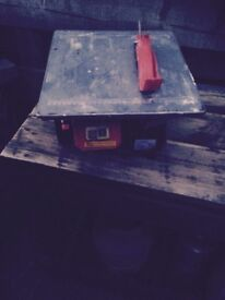 Electric tile cutter £15.00