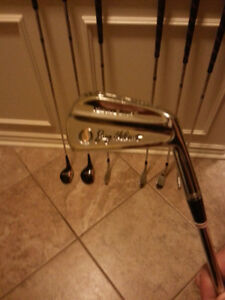 VINTAGE GOLF CLUBS - 1960`s Spalding Jay Hebert (rare find)