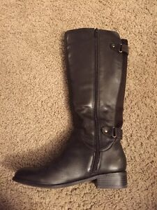 Size 6 Brown Boots