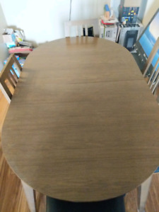 Dinning room table +6 chair's