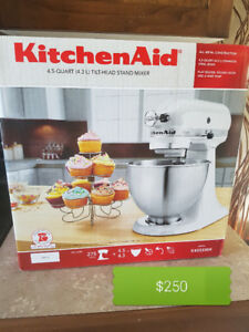 ** KitchenAid Mixer **