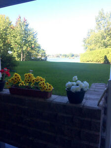 Beautiful 4 ½  Condo on the water – Pincourt, Qc
