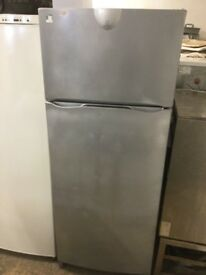 Indesit silver grey 71cm Wide Fridge Freezer,