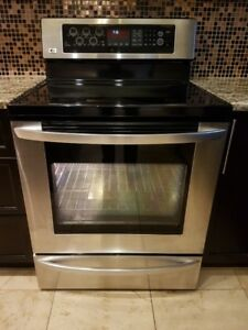 Stainless Steel LG Glass Top Stove with Convection Oven