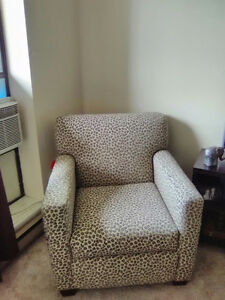 ****GREAT DEAL FOR STUDENTS OR NEW HOME OWNERS, FURNITURE DEAL**