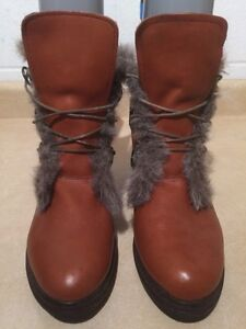 Women's Insulated Winter Boots Size 12 London Ontario image 4