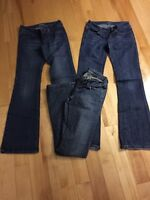 3 pairs of women jeans (size is 24/25)