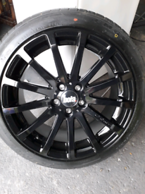 Brand new set of 4 x Bola 18 inch XTR alloy wheels and tyres 5x112