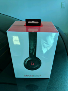 Beats solo 2 wireless......BNIB