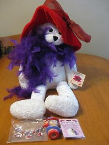 RED HAT LADY SINGING BEAR BRAND NEW WITH PIN AND BRACELET