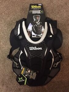 Wilson Pro-Motion Intermediate 16inch Chest Protector