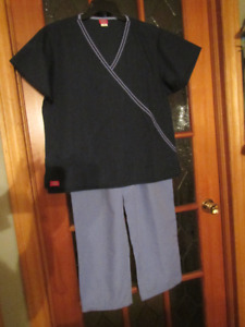 LADIES SCRUBS - LARGE - TOPS AND BOTTOMS