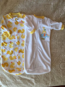2 Carters 0-9 months Sleepers