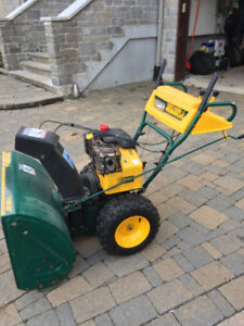 Snowblower Souffleuse YARD-MAN 11HP/30""