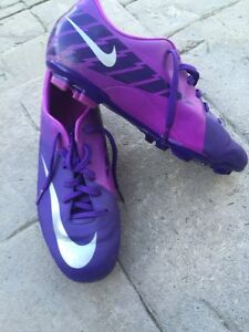 6 different youth outdoor soccer cleats London Ontario image 6
