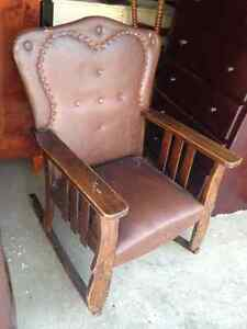 1900s Antique Solid Wood Rocking Chair