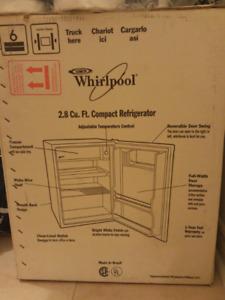 Mint Whirlpool 2.8 cu ft compact refridgerator