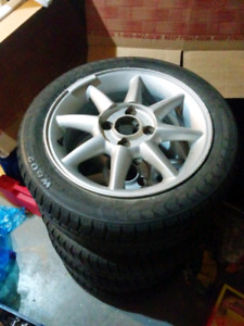 Winter tires on 15 inch rims 185/55/R15 82H