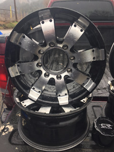 """17"""" Core Racing Mags"""