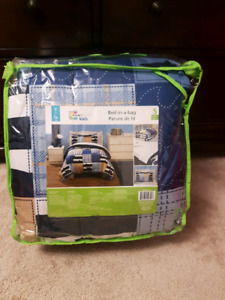 Boys bed in a bag (twin)