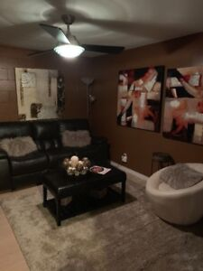 Peaceful & spacious One bedroom suite! Self contained!