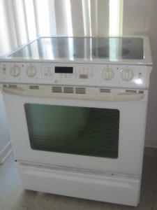30'' MAYTAG ELECTRICAL SLIDE IN STOVE OVEN RANGE