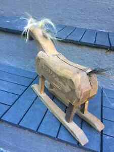 FOLK ART - HAND CARVED HORSE WITH HORSE HAIR West Island Greater Montréal image 4