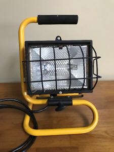 HALOGEN  WORK  LIGHT  (500  watt)