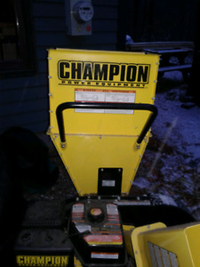 Champion portable wood chipper and shredder