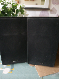 Pair of Sony SS-CBX77 micro hifi speakers