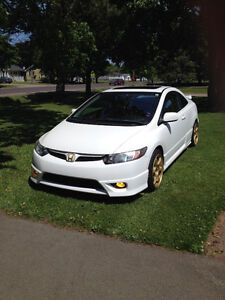 Honda Civic SI mint condition! Must see.