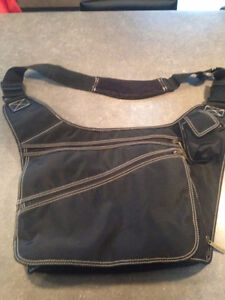 CROSS BODY DIAPER BAG