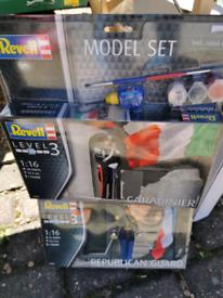 2x model set
