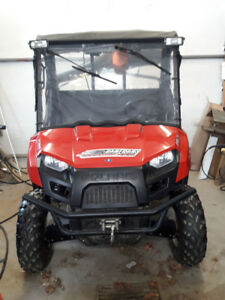 2011 Polaris Side by Side