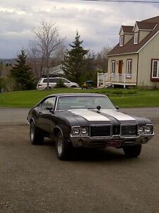 oldsmobile cutlass 1972 echange!