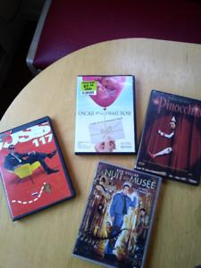 Ensemble de 4 DVDs familiaux (Zone 1)