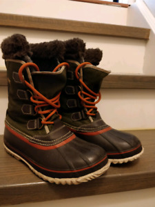 Sorel winter boots - women's size 7