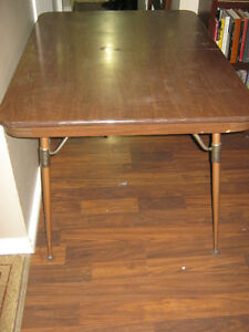 Arborite kitchen table with 2 chairs