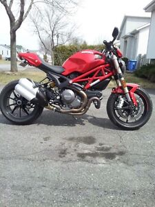 Ducati Monster 1100 EVO 2012 ABS