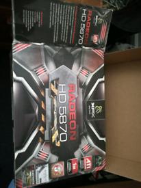 Radeon HD 5870 AMD 1GB