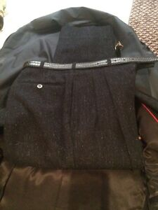 Brand new 100% Wool Suit London Ontario image 3