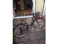 Ladies Raleigh Cameo Hybrid bicycle in burgundy