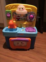 Fisher Price small kitchen (French)