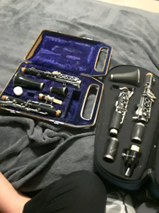 2 clarinets for 110$