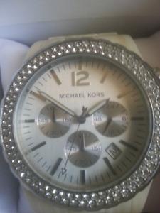 Michael Kors bone watch